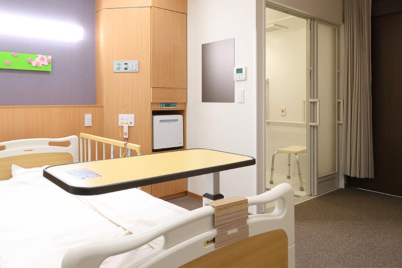 館林 慶 友 病院